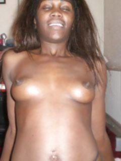 Темнокожие сучки позируют в интимных позах