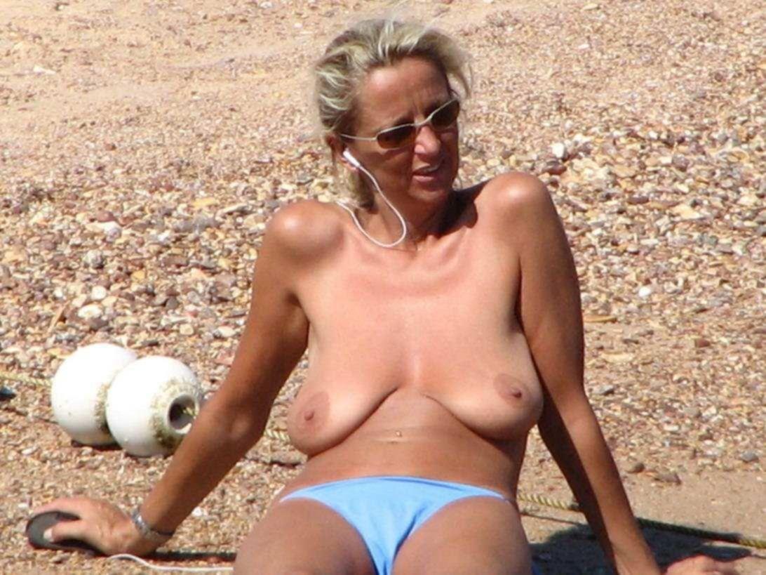 Приватные порно фото зрелых домохозяек