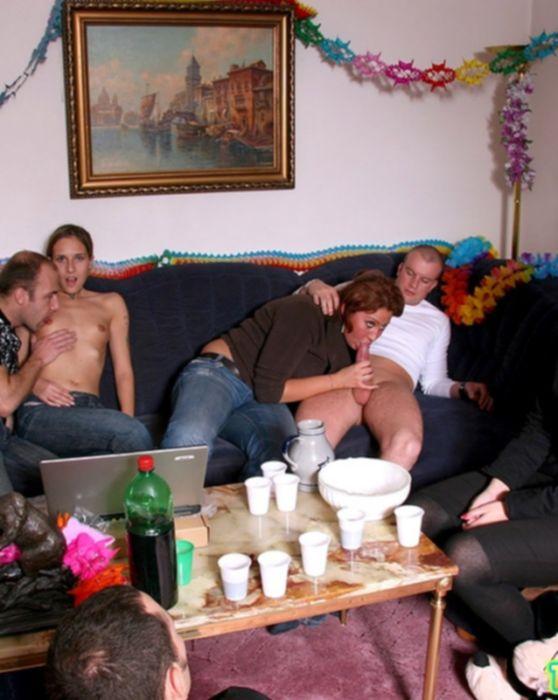 Фото порно оргия на именинах