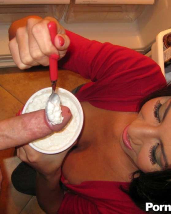 От трахал проститутку раком на кухне