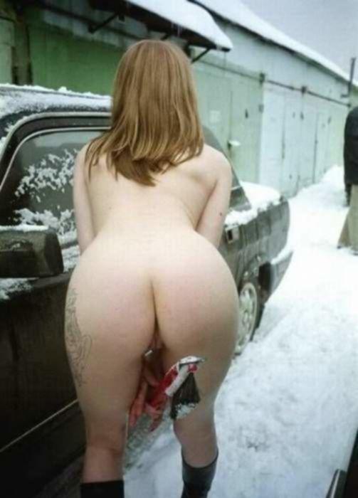 Славянская шлюшка с большими сиськами любит снеговиков