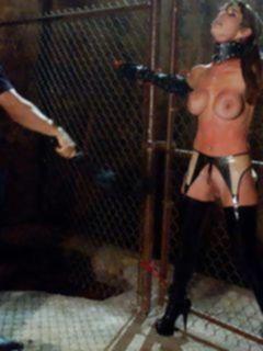 Больное анальное БДСМ порно с молодой блондинкой в бондаже