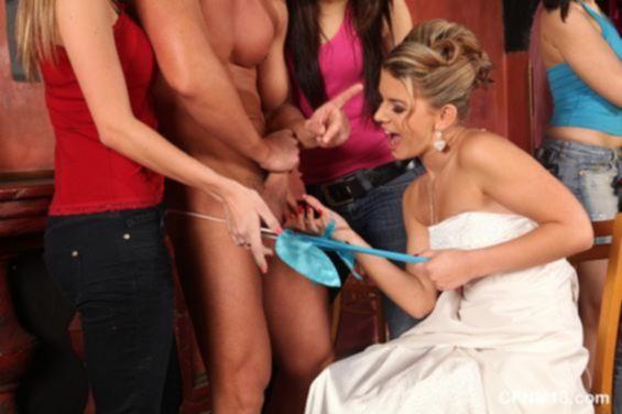 Невеста отожгла со стрптизёром во время порно девичника