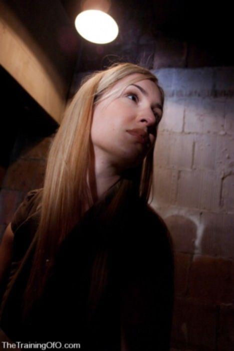 Блондинка любит бондаж bdsm