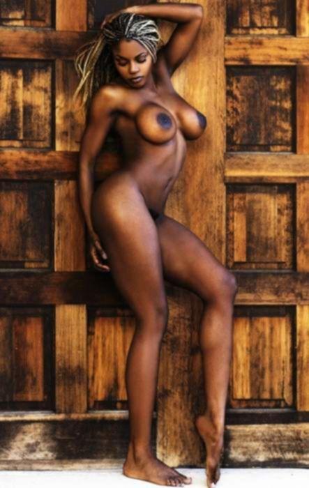 Секс фото чернокожих красоток с большими сиськами