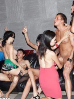 Подборка реальных порно фото группового секса